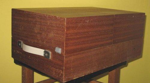 Tesla GZC-110.1 stereo lemezjátszó