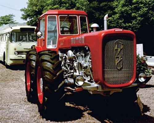 Dutra traktor D4K