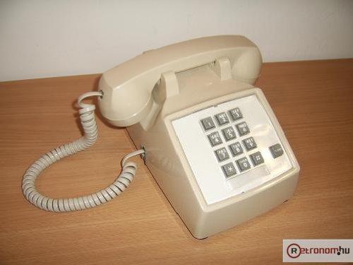 ITT  telefon 2500-as asztali az USA-ból