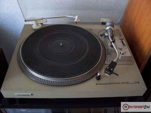 Pioneer lemezjátszó PL-516