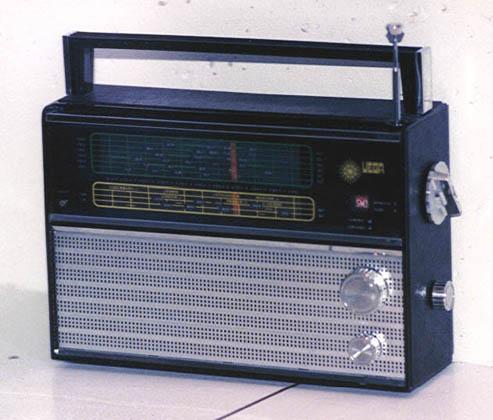 Táskarádió VEF Vega206
