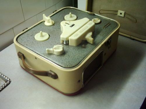 BRG M-5 Mambó magnetofon