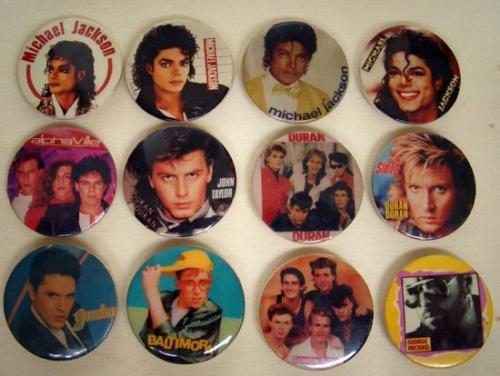 Popzenei kitűzők a '80-as évekből 2.