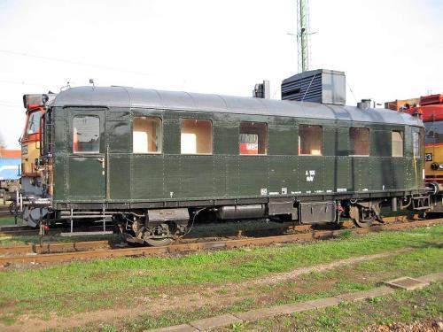 Vasúti motorkocsi szombathelyen