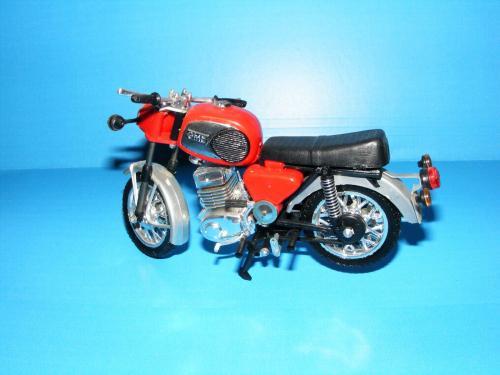 Motorkerékpár MZ 250 makett