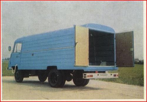 Robur teherautó dobozos
