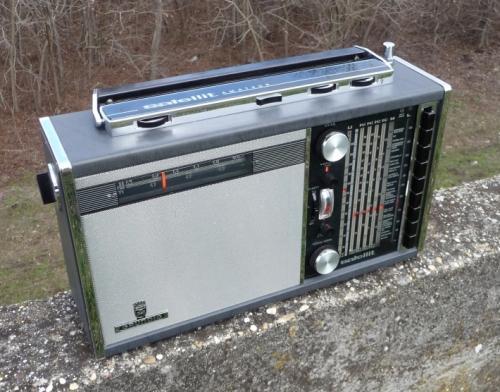 Grundig Satellit 205a (Transistor-5000)