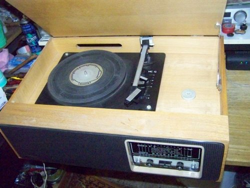 Videoton Verona  RG-3613 lemezjátszós rádió